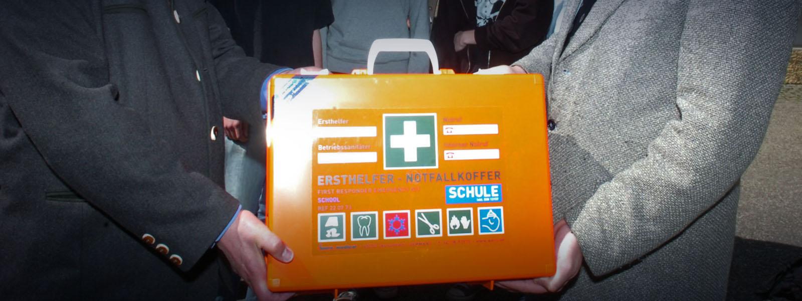 Notfall-Koffer für das Gymnasium