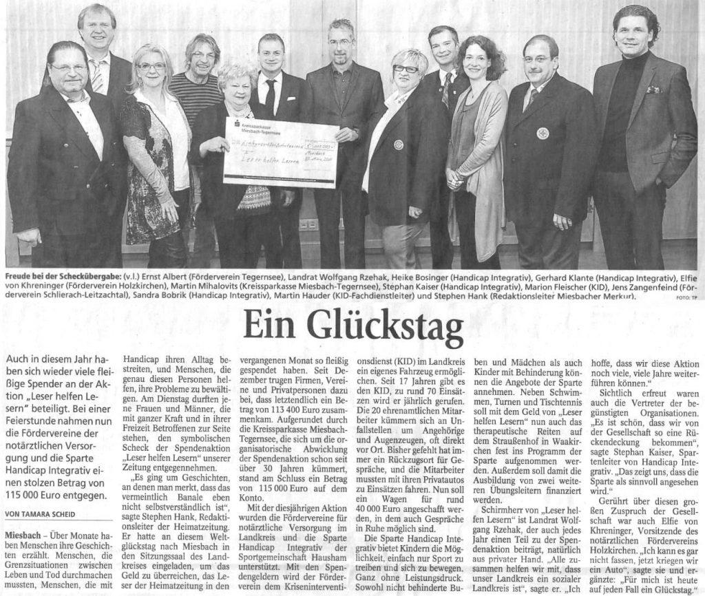 K1600_Zeitungsartikel-Ein-Glückstag-Leser-helfen-Leser-blackwhite